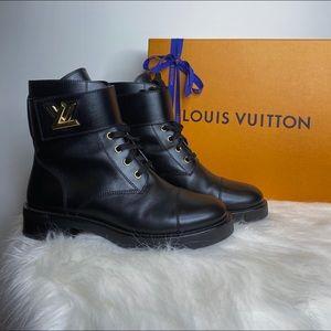 Louis Vuitton WONDERLAND RANGER boot.